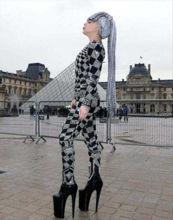 horrible-fashion-15-3815-1427774792.jpg