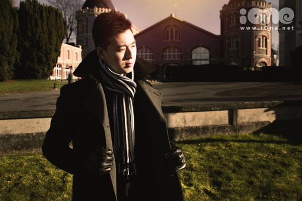 Ngô Di Lân (sinh năm 1994) là du học sinh Việt từng giành bổng toàn phần trường University College Maastricht, Hà Lan. Cậu bạn sở hữu gương mặt điển trai và bảng thành tích học tập đáng nể.