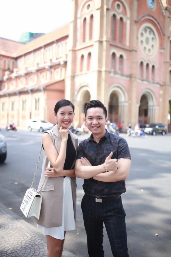 Thúy Vân cũng chăm chỉ rèn luyện thêmkỹ năng trình diễn catwalk và nghiên cứukiến thức văn hóa về đất nước Nhật Bản cùng giáo viêntiếng Nhậtriêng.