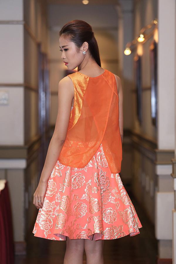 xuan-lan-dep-fashion-runway-4-4616-8120-