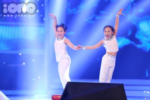 Duc-Vinh-Vietnam-s-Got-Talent-4458-6357-