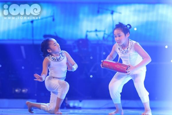 Duc-Vinh-Vietnam-s-Got-Talent-7412-9000-