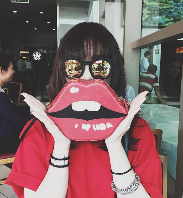 tui-moi-high-cheeks-7-1506-1428400683.jp