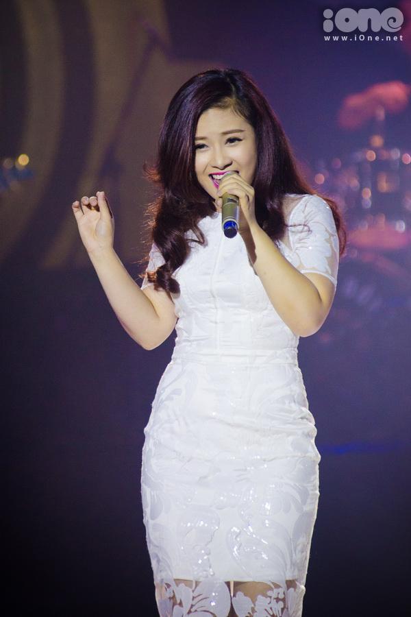 hoa-minzy-nhay-nhot-tung-bung-4170-5514-