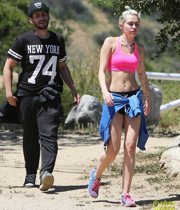 miley-cyrus-approval-patrick-s-2879-8764