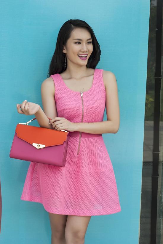 Nhiếp ảnh: A.K, Trang phục và Làm tóc:Trần Anh Khoa.