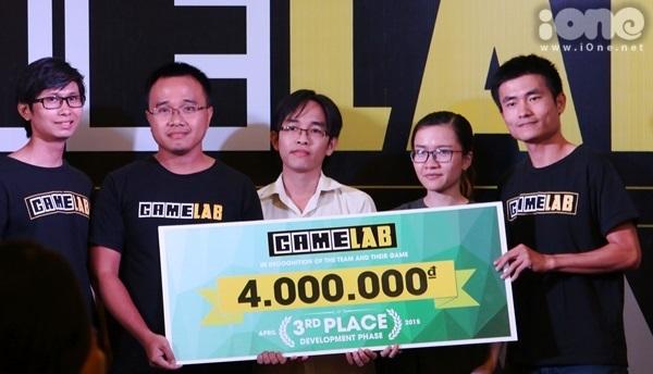 Đội giải Happie Seeds  3 giai đoạn GameJam): 4 triệu VND -