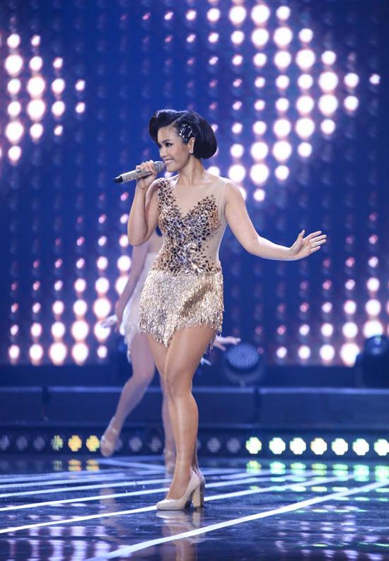 Phương Vy là Quán quân Vietnam Idol vẫn thử sức trong Tuyệt đỉnh tranh tài.Chương trình được truyền hình trực tiếp vào 21h thứ 7 hàng tuần trên HTV7