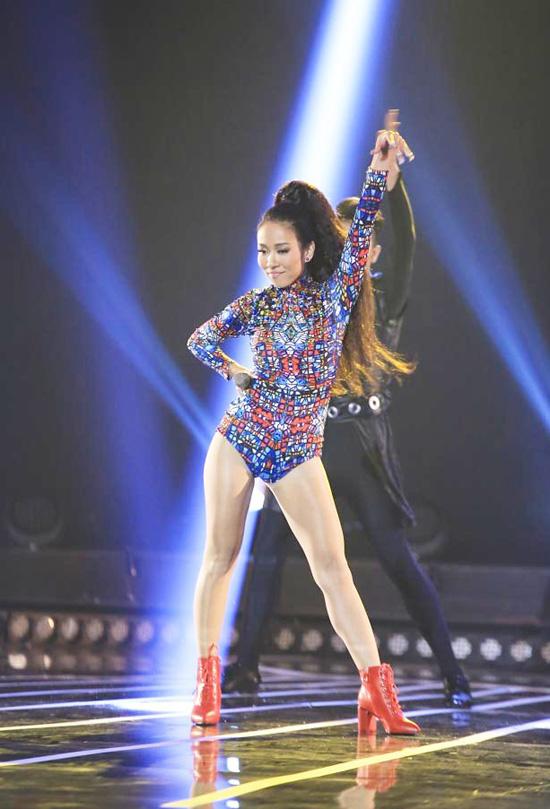 Thảo Trang cũng là đối thủ đáng gờm của 9 ca sĩ còn lại bởi cô thể hiện mình không thua kém bất cứ ai. Giám khảo Phương Uyên và Hồng Nhung đã không tiếc những lời khen có cánh dành cho nữ ca sĩ khi cô hát This love.