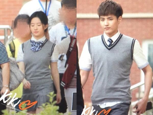 Kris và Lưu Diệc Phi đẹp hoàn hảo trong đồng phục học sinh