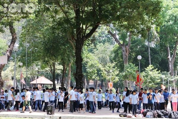 Flashmob-Le-Hong-Phong-1.jpg