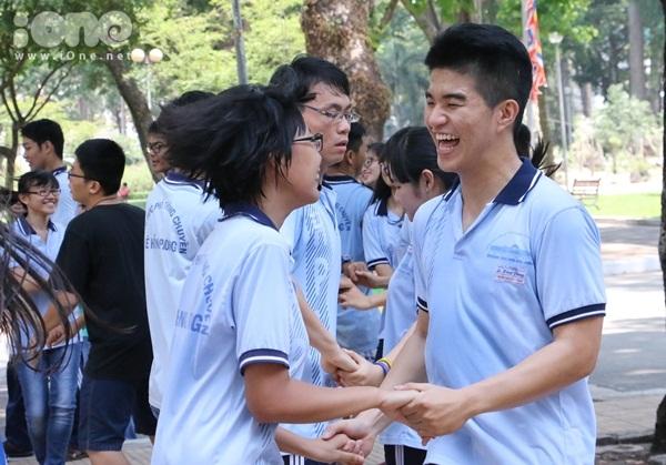 Flashmob-Le-Hong-Phong-8.jpg