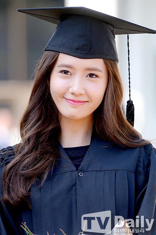 YoonA-SNSD-totnghiep-ngoisao-v-7847-8972