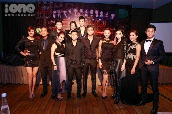 Tham gia chương trình Điệp vụ tuyệt mật là 12 nghệ sỹ bao gồm người mẫu, diễn viên, ca sĩ trong làng giải trí Việt Nam. Họ đã được đạo diễn Cường Ngô và ekip bao gồm quay phim, biên kịch& casting và tuyển chọn rất kỹ. Ngoài vẻ đẹp ngoại hình thì họ là những nhân vật có tính cách đa dạng nhiều màu sắc.