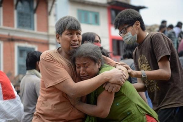 Trận động đất 7,8 độ Richter hôm qua là mạnh nhất ở Nepal kể từ năm 1934. Nó còn làm rung chuyển các quốc gia láng giềng như Ấn Độ, Trung Quốc, Bangladesh.