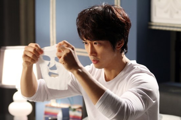 8 thói quen làm đẹp đáng học từ phim Hàn