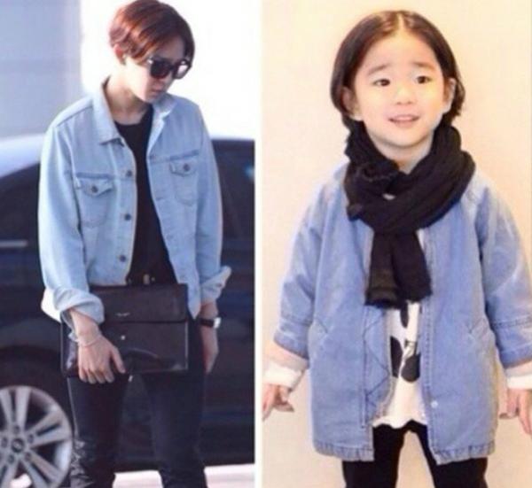Mẹ của cậu bé cũng góp phần quan trọng tạo kiểu tóc, trang bị quần áo, phụ kiện có nét   tương đồng với Tae Hyun cho Rio.