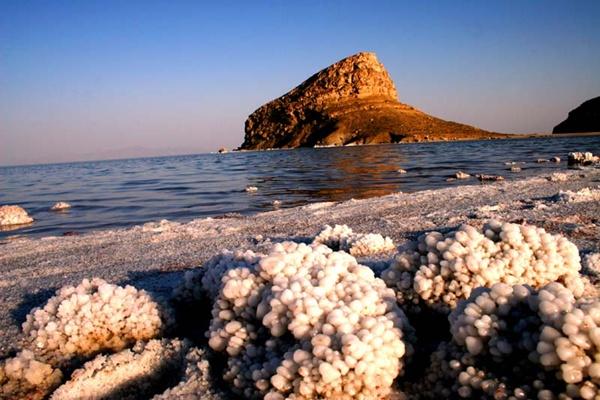 Những gì còn lại của hồ Urmia khiến người ta tiếc nuối.