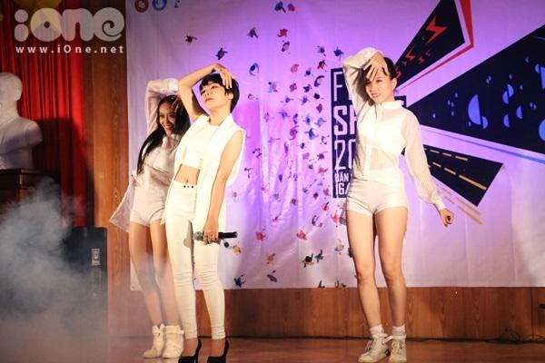 tieng-hat-Ngoai-thuong-3.jpg