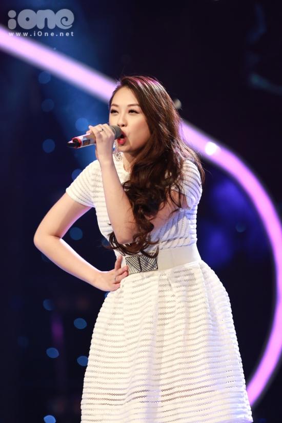Nguyễn Ngọc Khánh Tiên mở màn sôi động với Nhịp đập giấc mơ