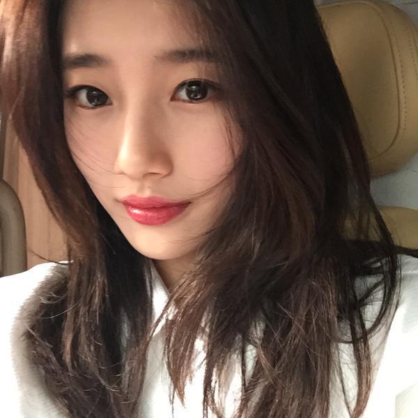suzy-selfie.jpg