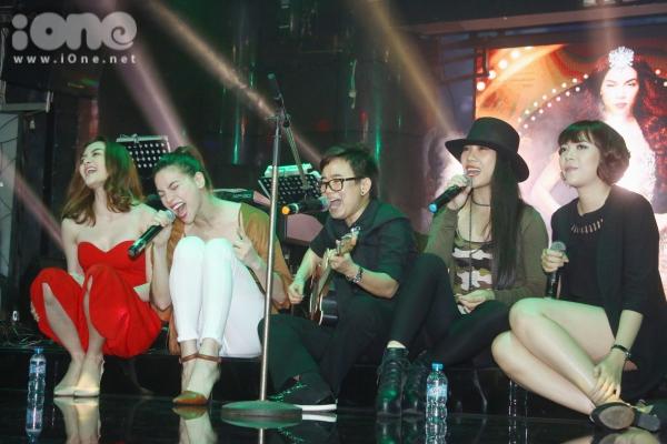 Hà Hồ cùng Uyên Uyên, Hà My, Thiều Bảo Trang gởi đến khán giả màn kết hợp đầy