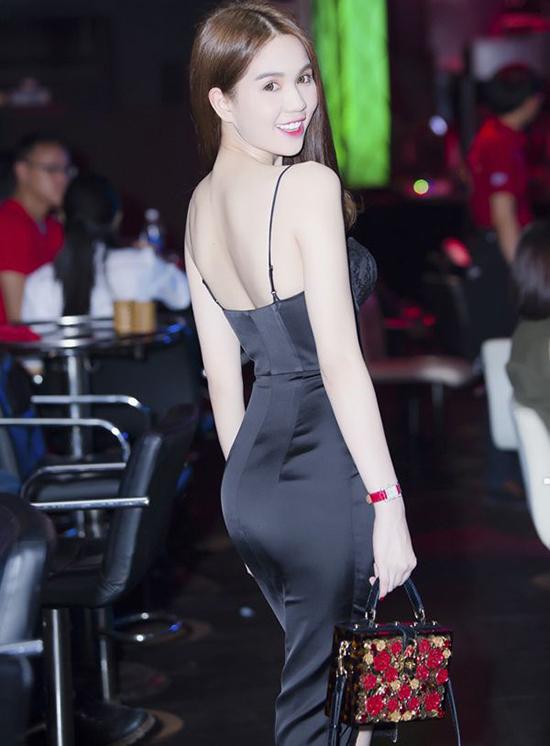 ngoc-trinh-dung-hang-phuong-tr-7852-8990