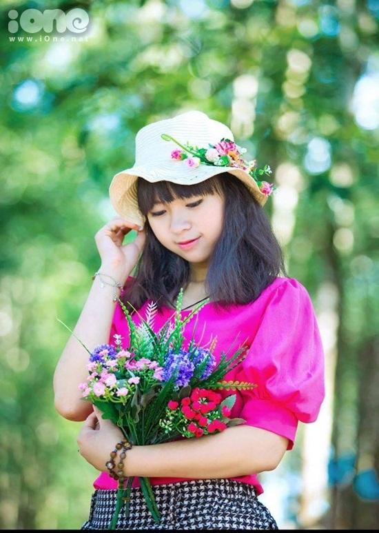 Mình là Đinh Bích Nhung, sinh năm 1997 hiện là học sinh THPT Nguyễn Thái Học, Chư Pưh, Gia Lai.