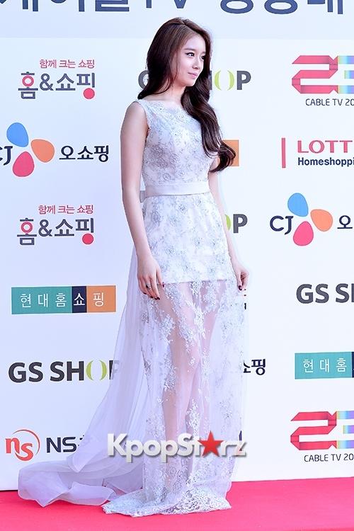 taras-jiyeon-at-cable-tv-broadcast-award