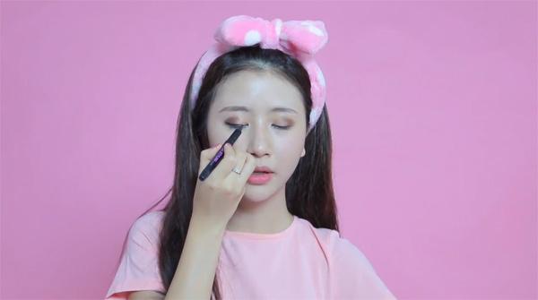 quynh-anh-shyn-trang-diem-khon-8254-7306