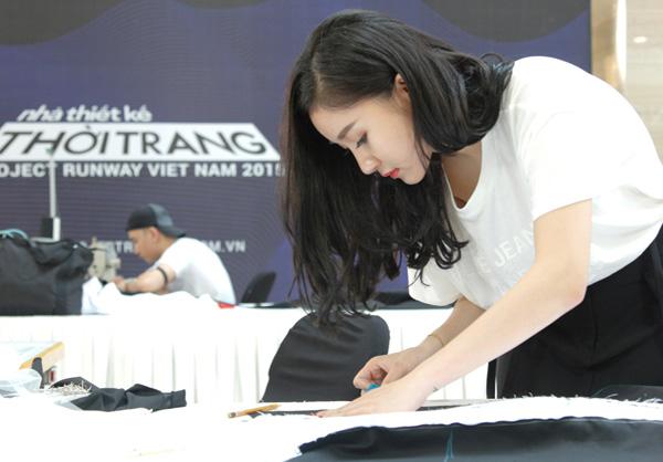 Là một trong những thí sinh nhỏ tuổi nhất, cô gái sinh năm 1992 Nguyễn Hải Yến gây chú ý không chỉ nhờ vẻ ngoài xinh xắn kiểu hot girl, mà còn vì tài năng trong lĩnh vực thiết kế. Hải Yếnlà đối tác thiết kế đồng phục cho nhiều khách sạn, resort 4  5 sao trong nước