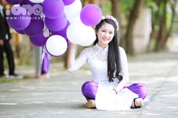Mình tên là Bùi Quỳnh Anh, sinh ngày 8/9/1997. Mình từng là cựu học sinh lớp 12Anh2 trường THPT Chuyên Hùng Vương - Phú Thọ.