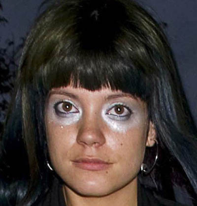 lily-allen-makeup-2800-1435380189.jpg