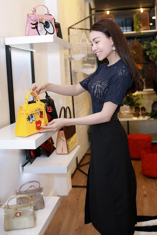 ngoc-trinh-xuong-sac-9-1497-1435718770.j