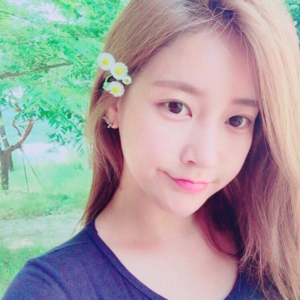 soyeon-8502-1435719442.jpg