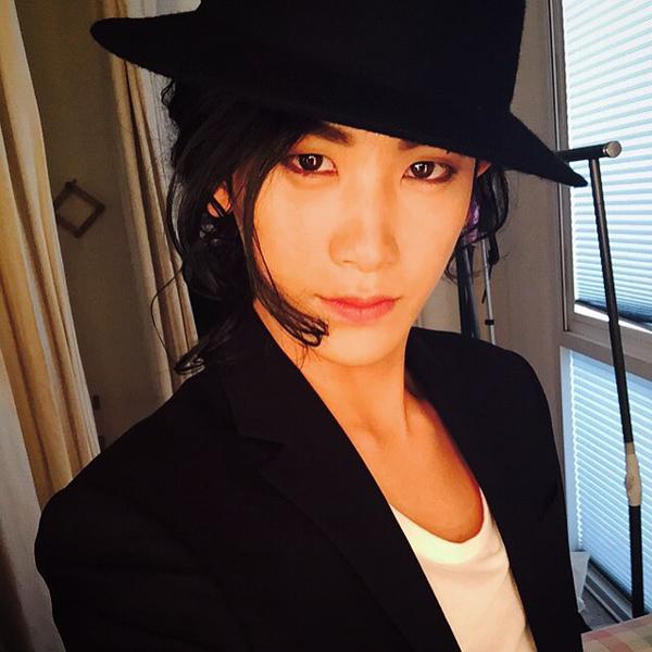 Hyung Sik (ZE:A) bỗng hóa thân thành Michael Jackson
