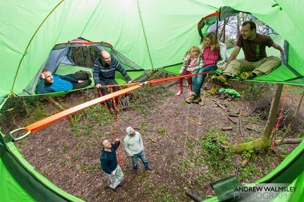 """Một gia đình hay một nhóm bạn đều có thể được """"chứa chấp"""" trên lều."""