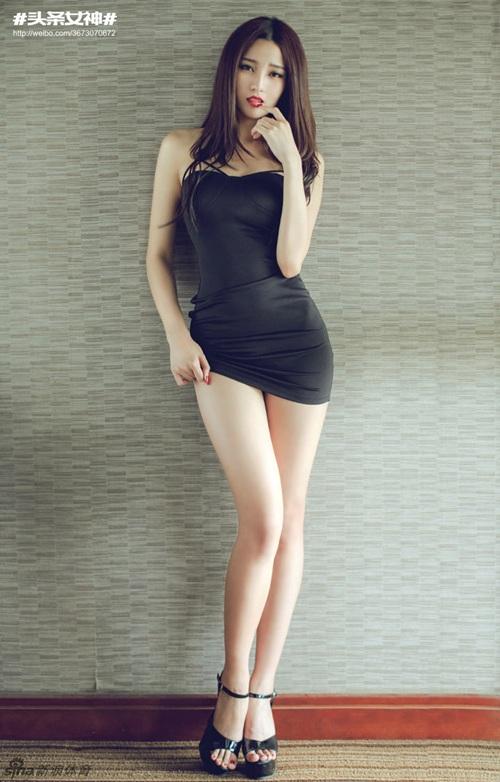 Tuy nhiên, nhiều bạn trẻ nhận xét Văn Tuyết có vẻ đẹp hơn dừ so với tuổi 20.