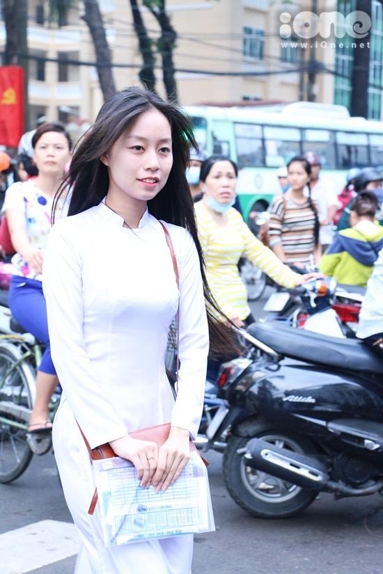 Thi-sinh-Nang-khieu-8-6154-1436496511.jp