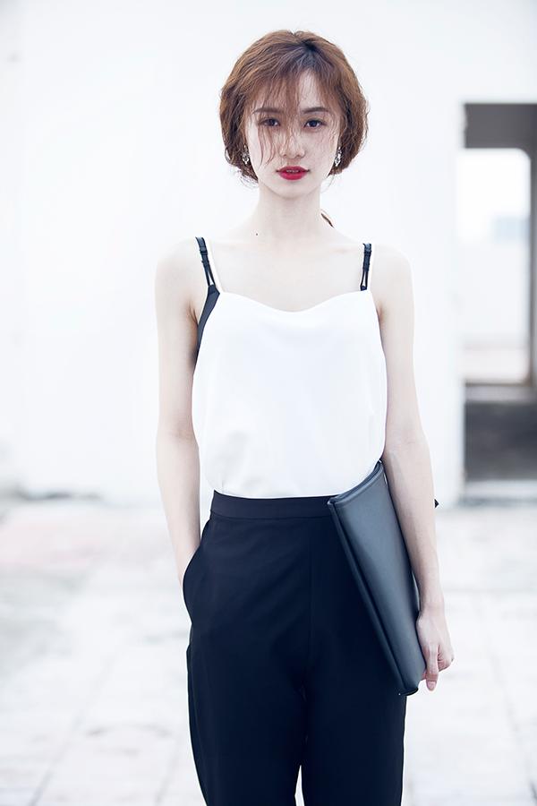 Cô nàng đã xuất hiện trong khá nhiều sản phẩm ở Thái Lan và cũng có được lượng fan nhất định luôn theo dõi các trang cá nhân của mình. Trong hè 2015, Jun Vũ đã quyết định trở về nước để du lịch cũng như tham gia một số dự án đặc biệt.