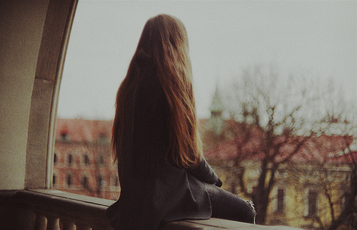 alone-colors-girl-lonely-photo-1395-6918