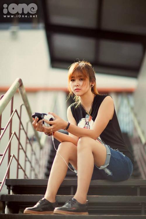 Học đại học ở nước ngoài khác nhiều so với Việt Nam. Ở bên này người ta học thiên về thực hành đa số là vận dụng luôn vào đời sống để được trải nghiệm.