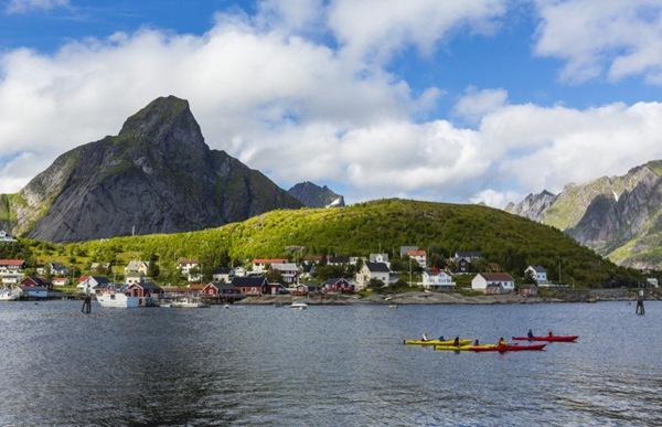 Reine, Na Uy: Ai mà cần wifi nữa khi bạn đến một nơi đẹp như cổ tích thế này?