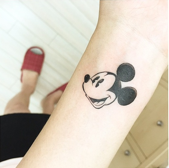 Chuột Mickey.