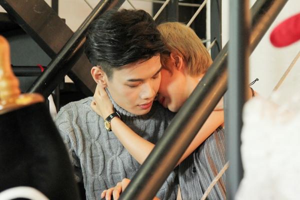 Vừa chính thức ra mắt MV vào tối ngày 17/7 Đào Bá Lộc đã nhận được khá nhiều phản hồi tích cực dành cho ca khúc cũng như chuyện tình yêu giữa anh và Tuyền Tăng. Nam ca sĩ cho biết đây là nguồn động lực lớn nhất để Đào Bá Lộc tích cực hơn trong những sản phẩm âm nhạc sắp tới.