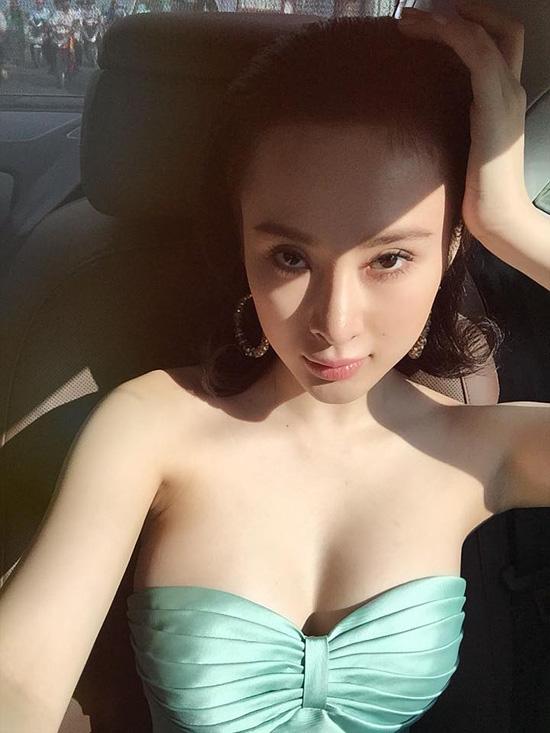 ngoc-trinh-mac-loi-chon-noi-y-9022-4350-