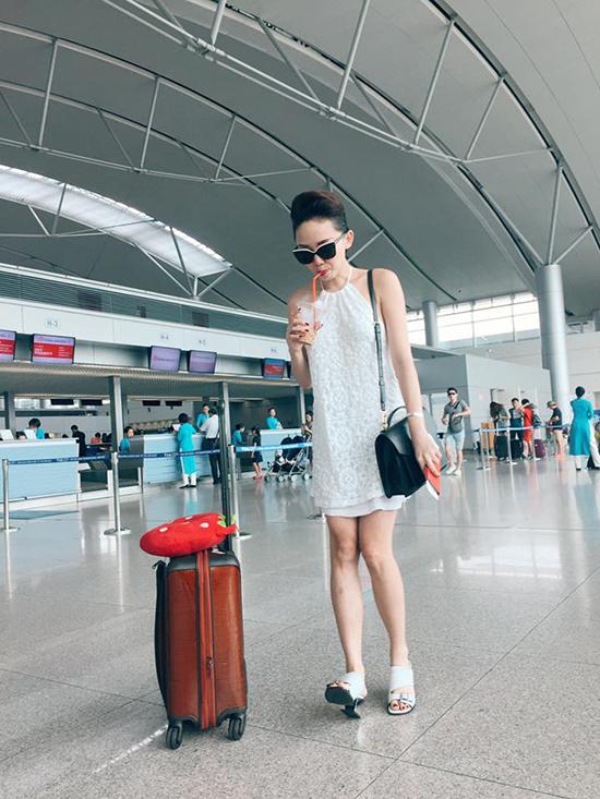 chi-pu-khoe-do-hieu-huong-gian-2423-6474