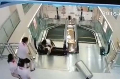 Tai nạn kinh hoàng ở Trung Quốc cho thấy thang cuốn không thực sự an toàn tuyệt đối như bạn tưởng. Ảnh: Sina.