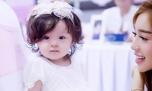 Con gái Elly Trần xinh như thiên thần trong ngày sinh nhật