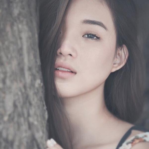 Nhờ nhiều tài lẻ cùng khả năng chụp hình, Pang sở hữu rất nhiều follow trên Instagram. Mỗi bức ảnh của cô nàng đều được đầu tư đẹp long lanh về màu sắc, bối cảnh...